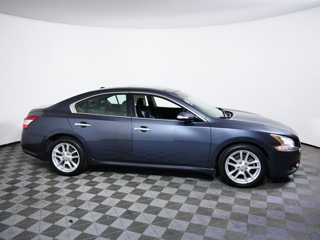 Used 2009 Nissan Maxima SV with VIN 1N4AA51E79C841470 for sale in Minneapolis, Minnesota